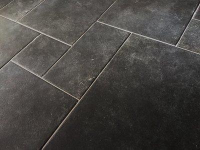 Vloertegel Module vloer Borgogna Stone Black romaans verband